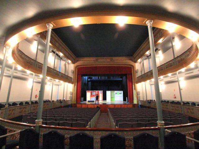Enrique de la Cuadra Theatre
