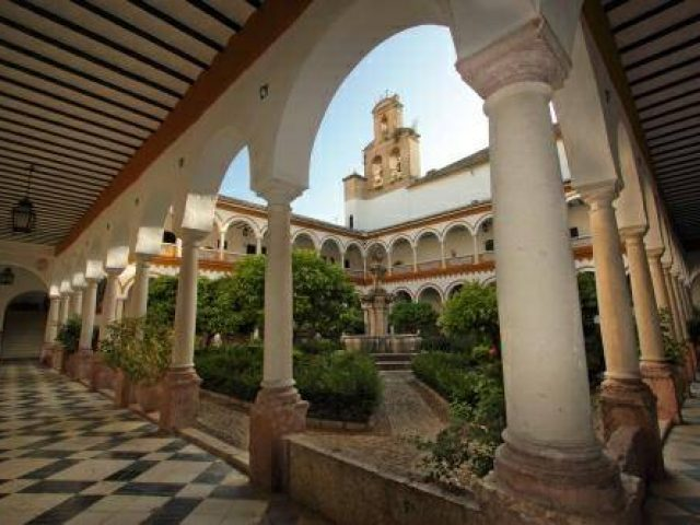 Iglesia de la Madre de Dios – Convento de los Padres Franciscanos (church)