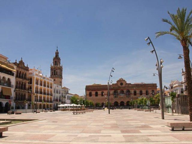 Plaza de España. El Salón